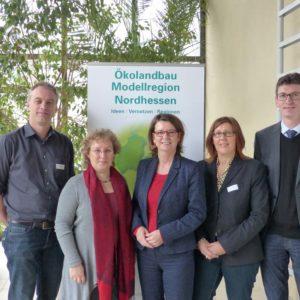 Ministerin Hinz mit Koordinatoren der Modellregionen