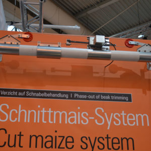 Schnittmais-System: Dieses automatische Fördersystem der Firma Big Dutchman ist speziell für die Einbringung von Maissilage in den Stall gedacht.