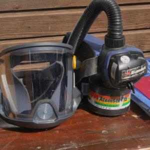 Atemschutzgerät - Schutzkleidung zur Reinigung des Fermenters