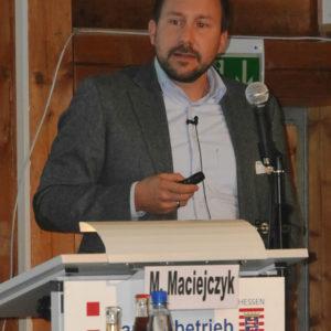 Vortrag von Herrn Maciejczk vom Biogas-Fachverband