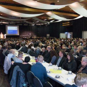 Über 500 Gäste besuchten den Tag der Ausbildung. Neben Absolventen, deren Familien und Freunden kamen auch Ausbilder, Berufsschulvertreter und Vertreter des Berufsstandes.