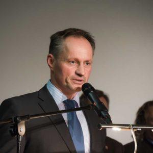 Christian Pohlmann aus Diemelsee-Rhenegge wurde für sein Engagement in der Ausbildung geehrt. Er dankte insbesondere seiner Frau für die tatkräftige Unterstützung bei der Ausbildung.