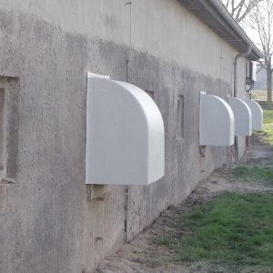 Beschattungsmöglichkeit im Außenbereich des Stalles