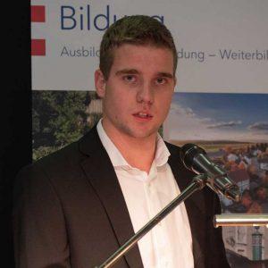 Stellvertretend für die Absolventen sprach Constantin Hölper aus Dornburg, der die Junglandwirte motivierte, offen für Neues zu sein und der Bevölkerung ihre Arbeit zu erklären.