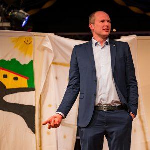 Stefan Schneider (Vizepräsident des hessischen Bauernverbands und Moderator des Abends) (Quelle: Martin Engel)