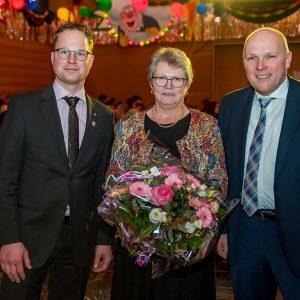 V.l.n.r.: Christian Hartmann (Geschäftsführer des vlf), Brigitte Baumgarten (scheidende Vorsitzende des Landfrauenverbandes), Winfried Schäfer (Vorsitzender des vlf) (Quelle: Martin Engel)