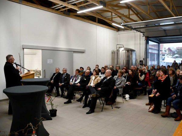 LLH-Direktor Andreas Sandhäger bei der Einweihung des neuen Seminargebäudes im Bieneninstitut Kirchhain
