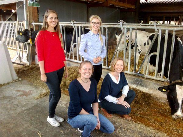 Team der Geschäftsstelle des Tierwohlkompetenzzentrum Rind (LLH)