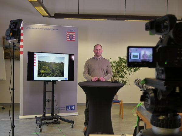 Marc Fricke-Müller vor der Kamera