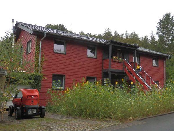 Bild 11: Mehrfamilienhaus aus Strohfertigteilen in Ziegenhagen