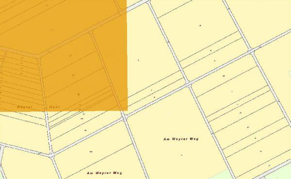 Bild 2: Kartenausschnitt Areal mit weniger als 550 mm Niederschlag und hinterlegter Liegenschaftskarte. Areal mit weniger als 550 mm Niederschlag sind in Ockerfarbe hervorgehoben