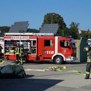 Feuerwehr auf dem Gelände des Eichhofs