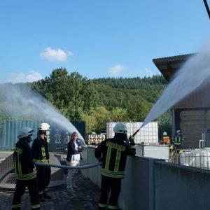 Feuerwehrkräfte im Übungseinsatz